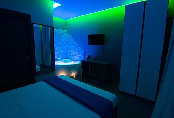 Cromoterapia spa nella camera idro