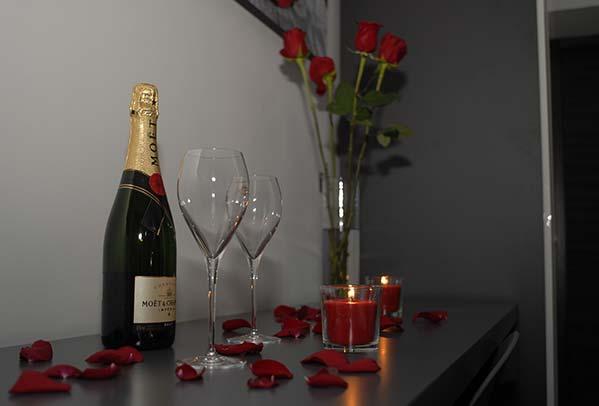 Aperitivo champagne romantico
